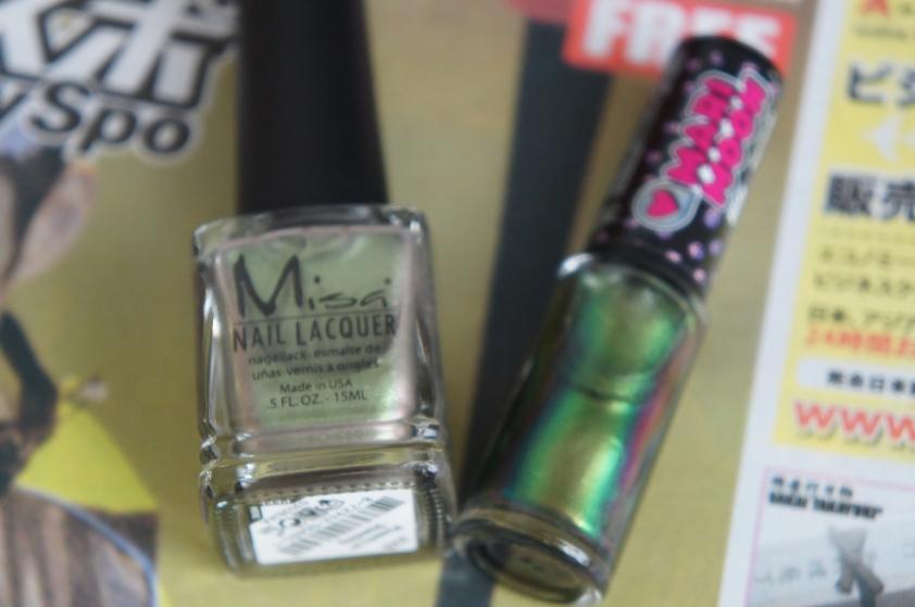 Chapter 1:  Misa Phazers on Stunning Chapter 2:  Hits Mari Moon Chameleon